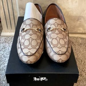 Brand new coach loafers logo